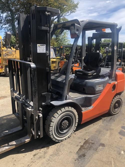 4 way moffet mounty €14800+ – Virgil Power Forklifts